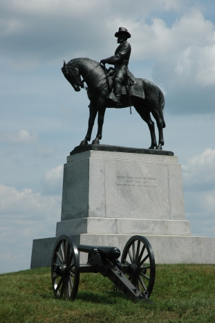 Howard's statue on East Cemetery Hill at Gettysburg (Tom Huntington photo).